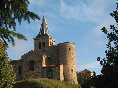 le Château  et  l' Eglise de BEAULIEU