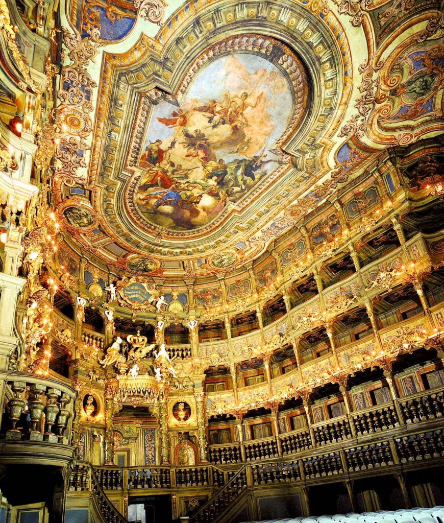 plafonds du Margravial Opera House