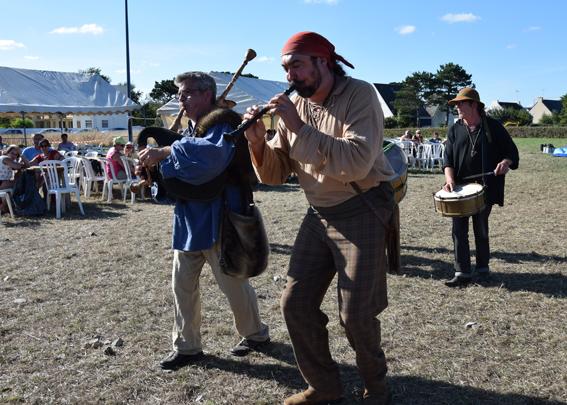 La Banda Tchok à la pointe de Mousterlin