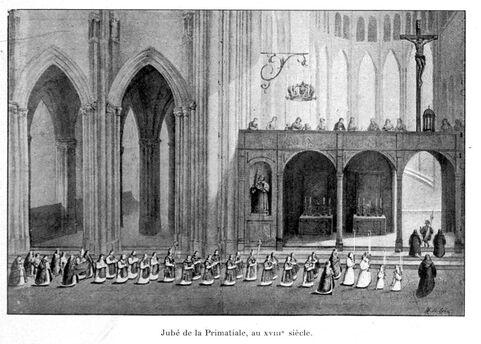 Gravure du dix-neuvième siècle représentant une procession traversant le transept de la cathédrale devant le jubé
