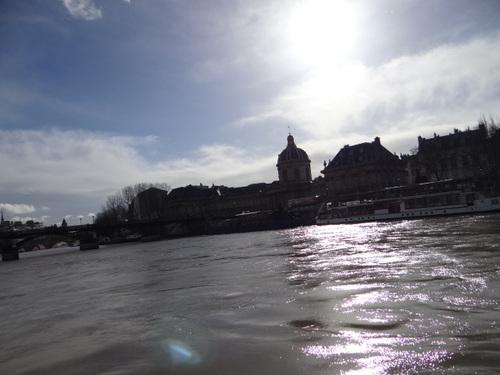 SORTIE A PARIS