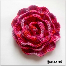 Freeforme crochet : fragment de mai