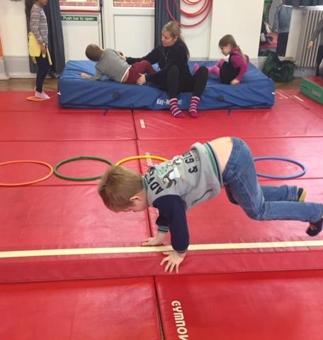 Gymnastique en maternelle