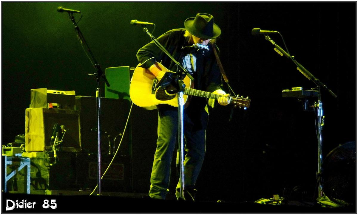Neil Young (1) - Festival des Vieilles Charrues 2013