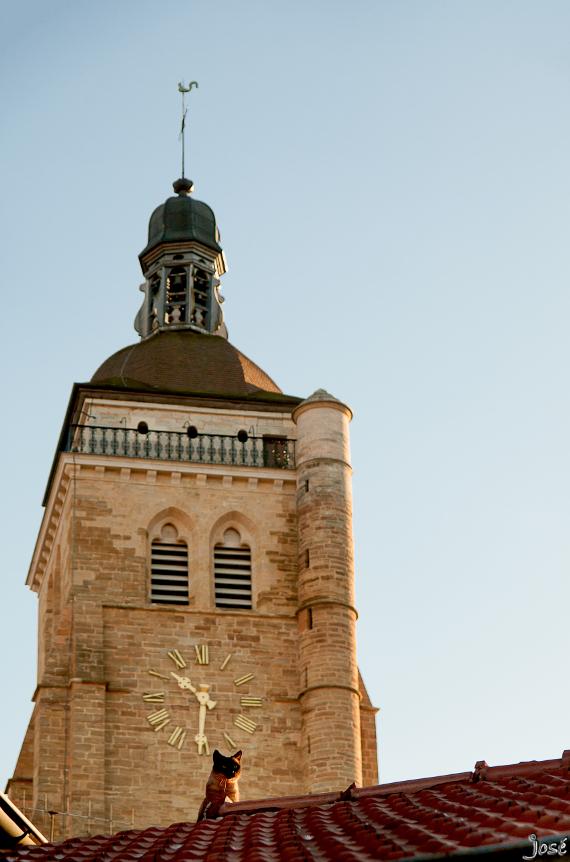 Le clocher de l'Église Saint-Juste en Arbois.