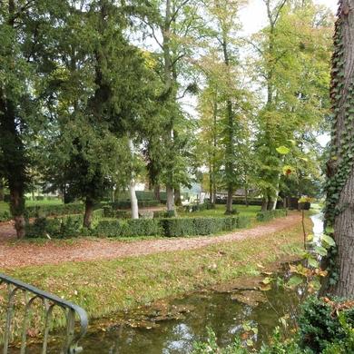 Courson-Chantilly : le parc, le hameau...