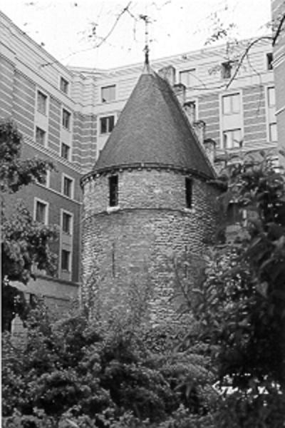 3. 4. L'enceinte de Bruxelles du 13ème siècle
