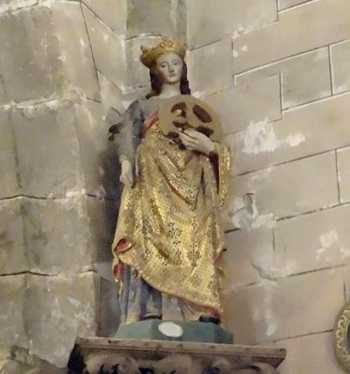 Sainte Catherine et saint Nicolas étaient priés ensemble dans les églises  Châtillonnaises pour favoriser les mariages !