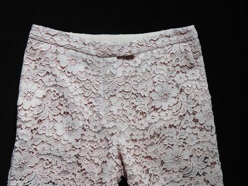 Pantalon en dentelle d'Anna