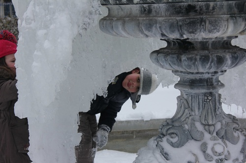 de la neige pour se promener et tomber et se casser....