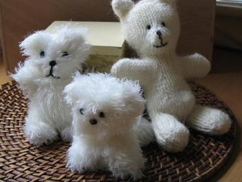 Premiers essais d'animaux au tricot