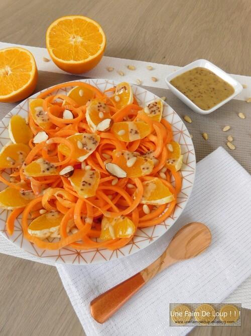 Linguines de carottes à l'orange & sauce miel moutarde