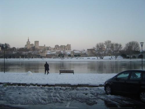 Avignon-sous-la-neige.JPG