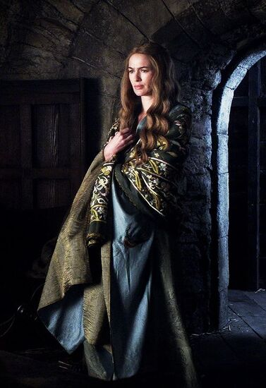 Evolutiondu look de Cersei: saison 1