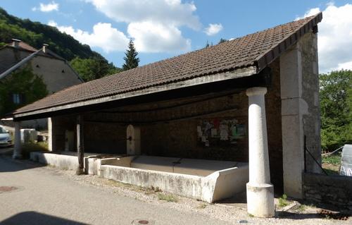 Petit patrimoine à Lacoux