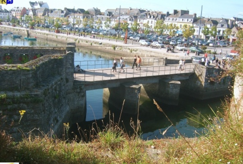 VILLE CLOSE DE CONCARNEAU  29   1/2