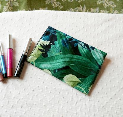 Pochette maquillage / Porte-monnaie 15,5 x 10,8 cm - tissu coton vert-bleu forêt tropicale fermetures zip et magnétique