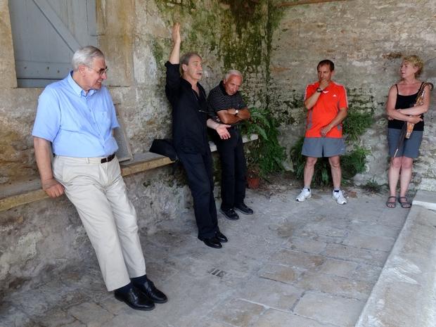 Visite poétique de Recey sur Ource avec l'association ARCE