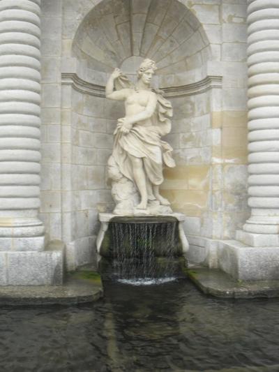 Chantilly 2/3