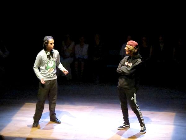 """""""Replante un palmier !""""  un savoureux spectacle présenté par les élèves du Collège Fontaine des Ducs et du Lycée Désiré Nisard à Châtillon sur Seine"""