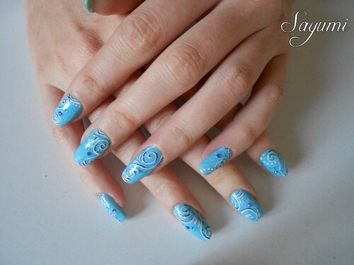 Nail Art Spirales Ombre et Lumière (blue ver.)