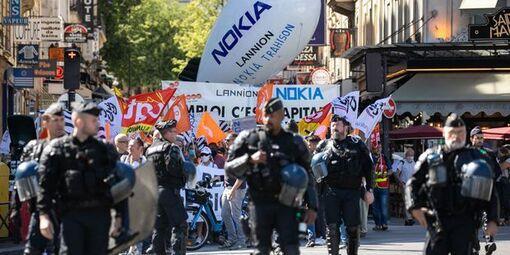 Manifestation de salariés de Nokia Lannion et Sanofi, le 8 juillet 2020 à Paris.