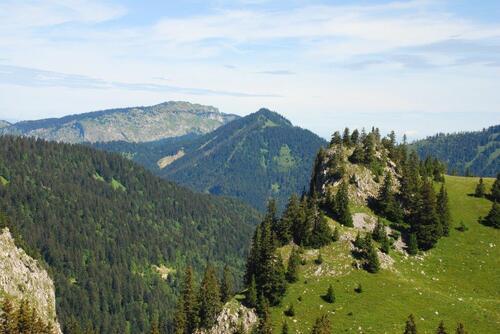 La Pointe Lagay et dans le lointain la Pointe D'Ireuse, vu de là haut...