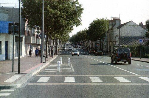 Le boulevard Gambetta vu depuis le pont Jourdan