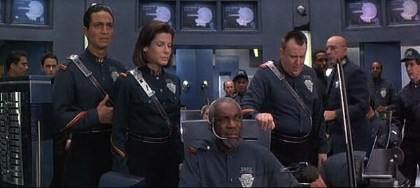 DEMOLITION MAN - SANDRA BULLOCK