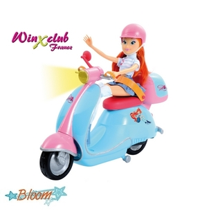 Bloom et son scooter 2