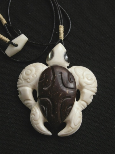 Blog de usulebis :Usulebis ,Artisan créateur de bijoux polynésiens , contact : usulebis@hotmail.fr, tortue 01