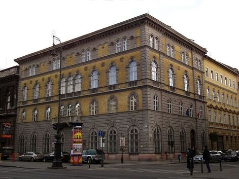 """Résultat de recherche d'images pour """"musee de liszt a budapest"""""""