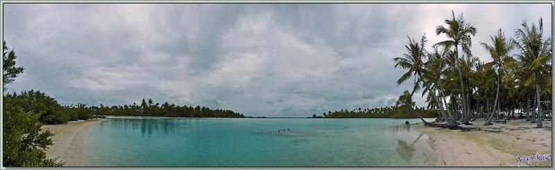 Vue panoramique sur le Lagon bleu (petit lagon interne) - Atoll de Fakarava - Tuamotu - Polynésie française