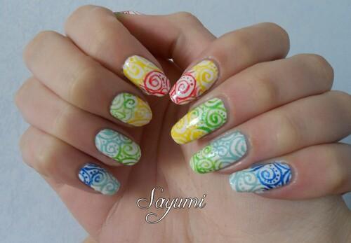 Nail Art Spirales Colorées