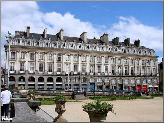 Place_du_Parlement_2