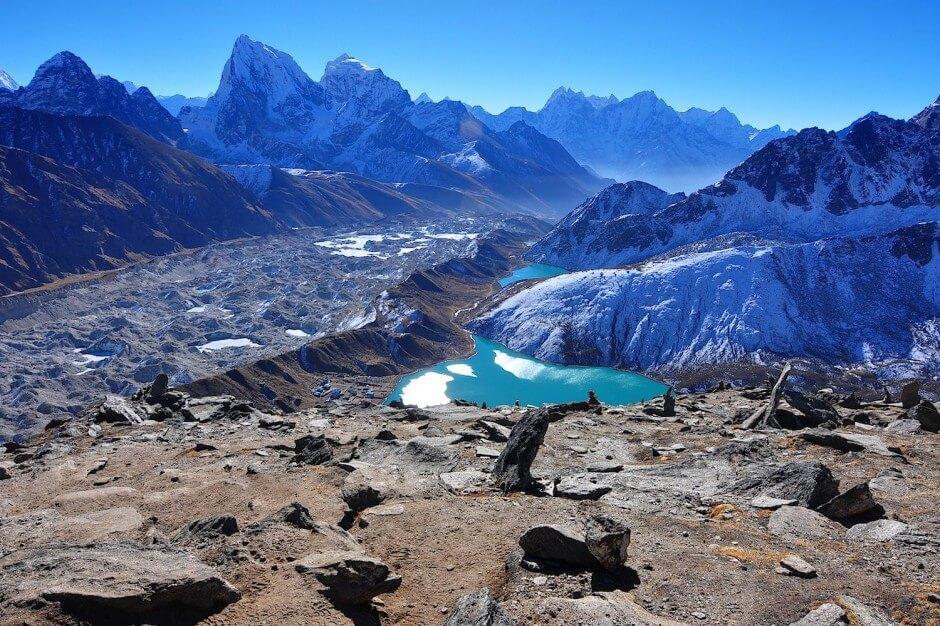 Glaciers pittoresques à la beauté frappante dans le monde
