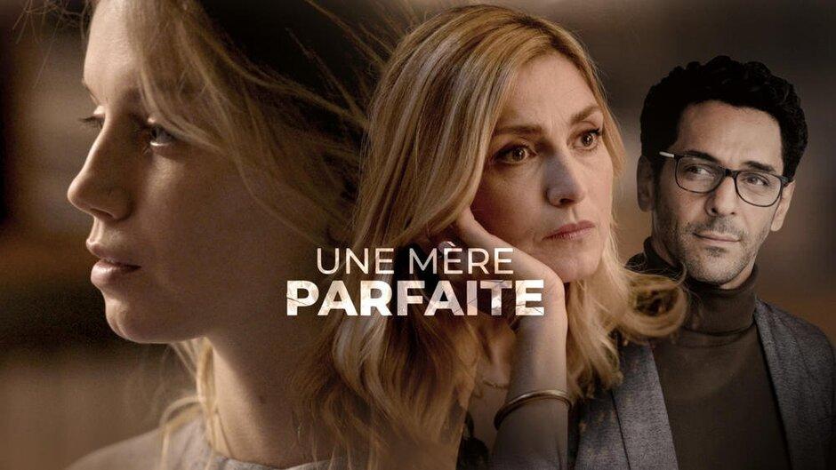 """Une mère parfaite : En tête d'affiche de la fiction de TF1 """"Une mère parfaite"""", il sera question de Julie Gayet. L'actrice au casting de """"C'est quoi ce papy ?"""" actuellement au cinéma, donnera la réplique à Tomer Sisley dans la série de la rentrée. Le rappeur et héros de la fiction à succès de Canal+ """"Validé"""", Hatik, sera lui aussi de la partie."""