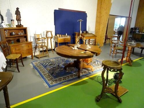 Le salon des antiquaires 2013, organisé par le Lion's Club Châtillonnais...