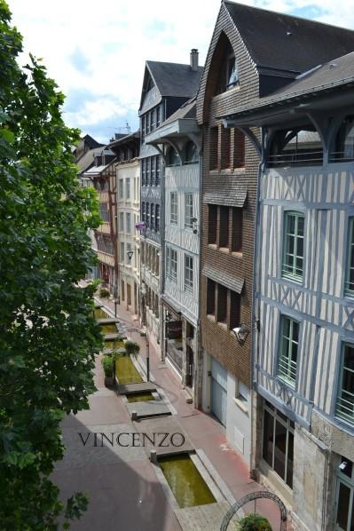 Normandie rue eau de robec