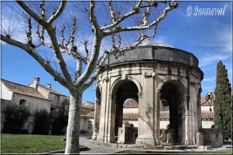 Chartreuse Notre-Dame-du-du Val-de-Bénédiction Villeneuve-lès-Avignon Gard