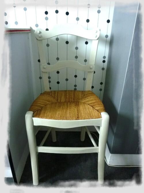 La chaise!