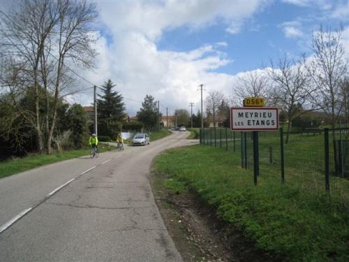 Meyrieu Les Etangs, avril 2012.
