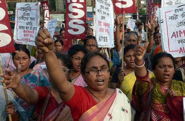 Modi promet la «tolérance zéro» pour les agressions de femmes
