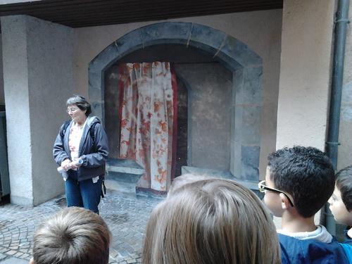 Les contes dans les cours de Chambéry