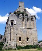 LES REMPARTS DE BEAUMONT-LE-RICHARD (Calvados)