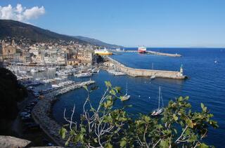 Magnifique vue sur la vieux port en prenant de la hauteur