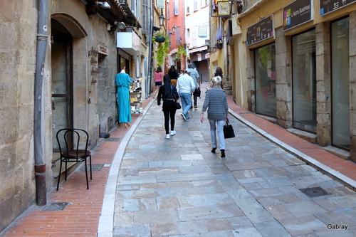 Grasse: promenade dans les rues