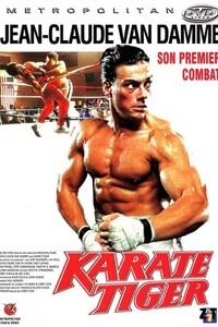 Karate Tiger - Le Tigre Rouge : Jason, jeune élevé de karaté et grand admirateur de Bruce Lee, va être amené à affronter le terrible Ivan le Russe, redoutable combattant et puissant membre de la pègre qui persécute sa famille. ...-----... Origine : Américain  Réalisation : Corey Yuen  Acteur(s) : Jean-Claude Van Damme,Kurt McKinney,Kent Lipham  Genre : Arts Martiaux,Action  Date de sortie : 1986  Année de production : 1986  Titre original : No Retreat, no Surrender  Critiques Spectateurs : 2,6