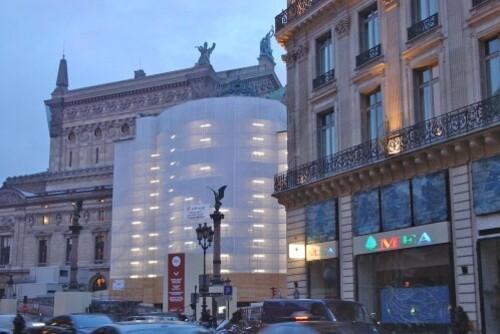 bâche travaux blanche néon Opéra 1382