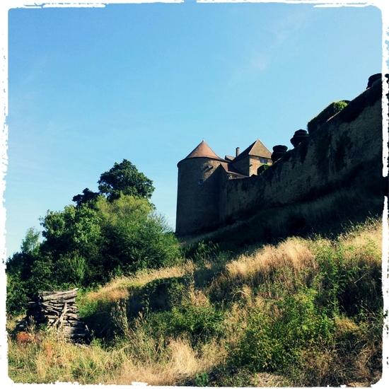 Berzé le Château